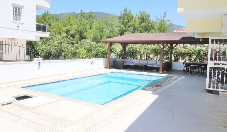 Allens Villa Kiyi (2)