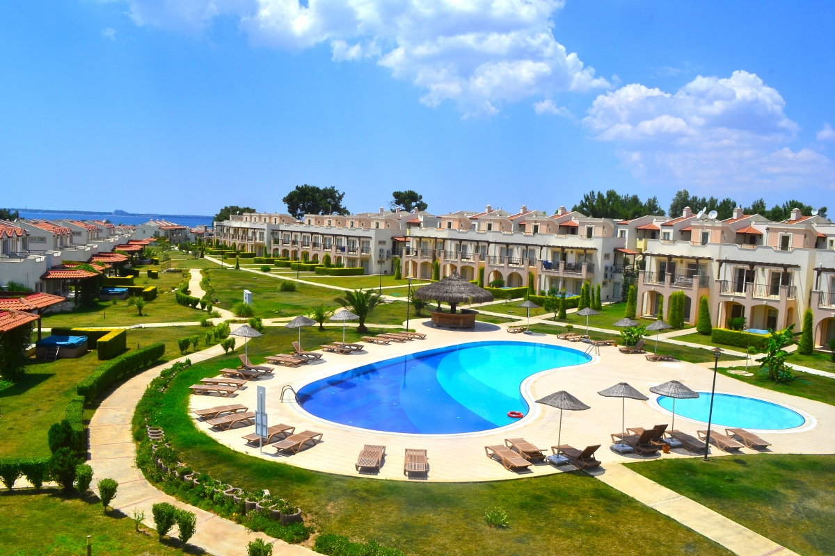 Seafront 3-Bed Duplex