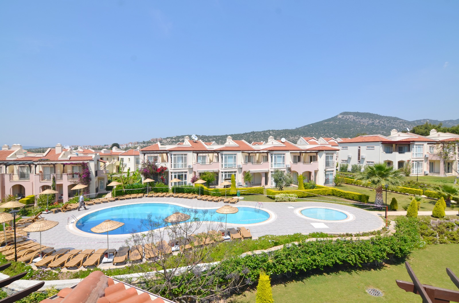 Sea Front Detached Villa – Family Holiday Home with great site facilities
