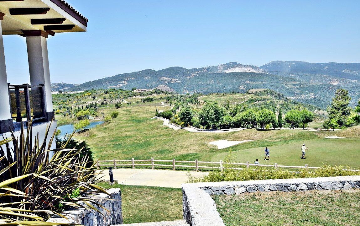 Golf Resort (4)