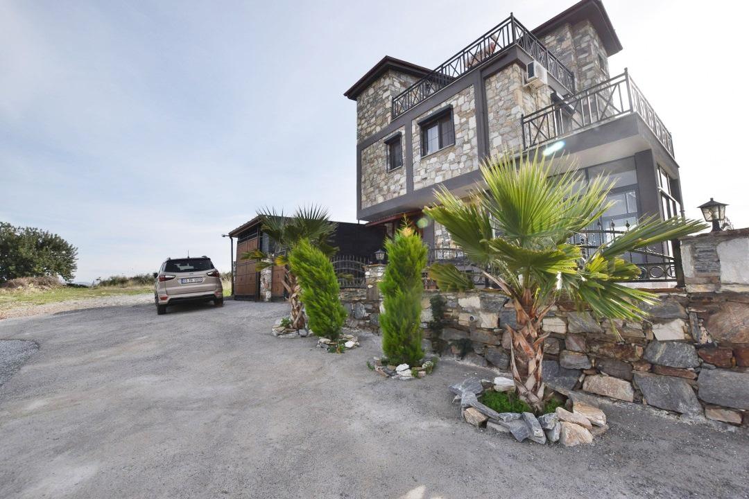 Stone House (2)