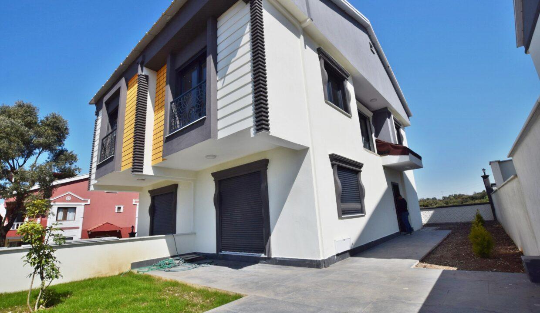 Ecret ErdmByto Villa (11)