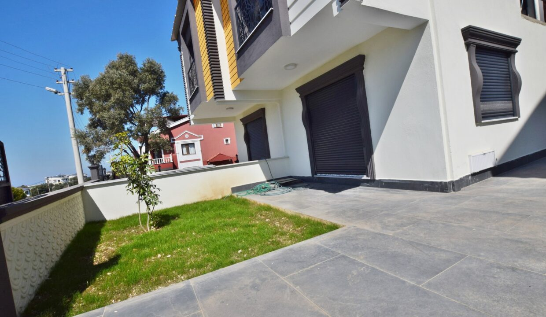 Ecret ErdmByto Villa (12)