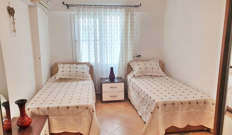 Golden Park 2 bed duplex (6)