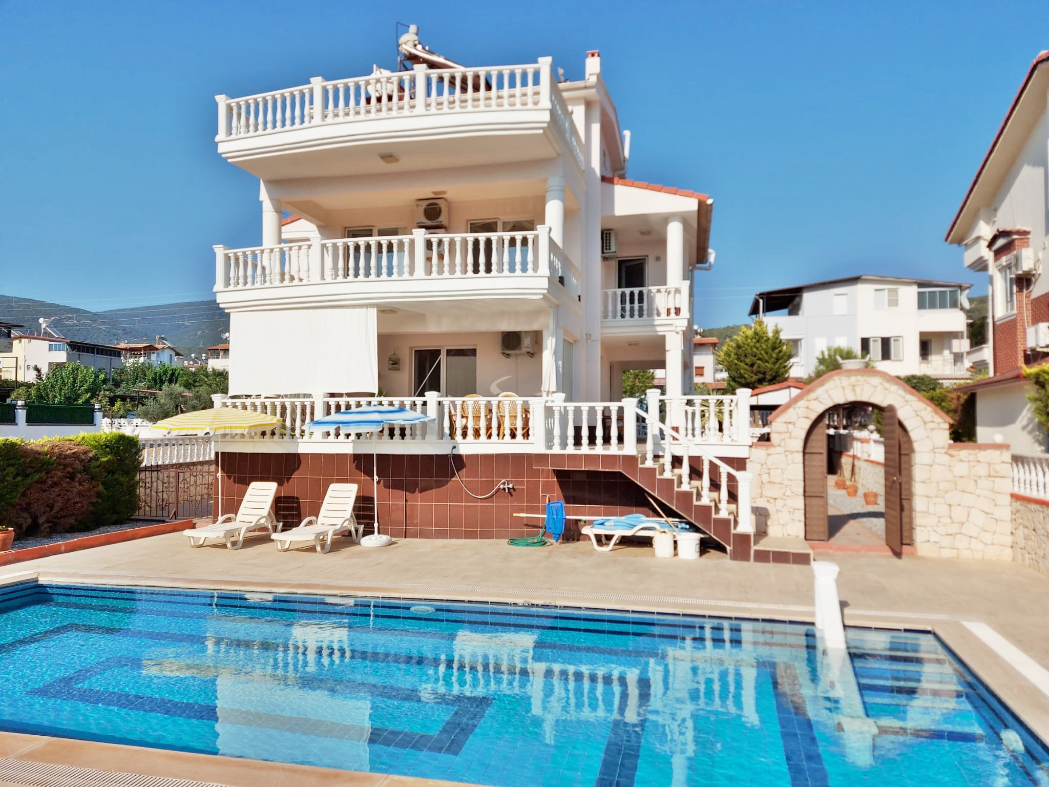New Traditional Didim Property For Sale – 4 Bedroom Sea & Mountain View Villa in Akbuk