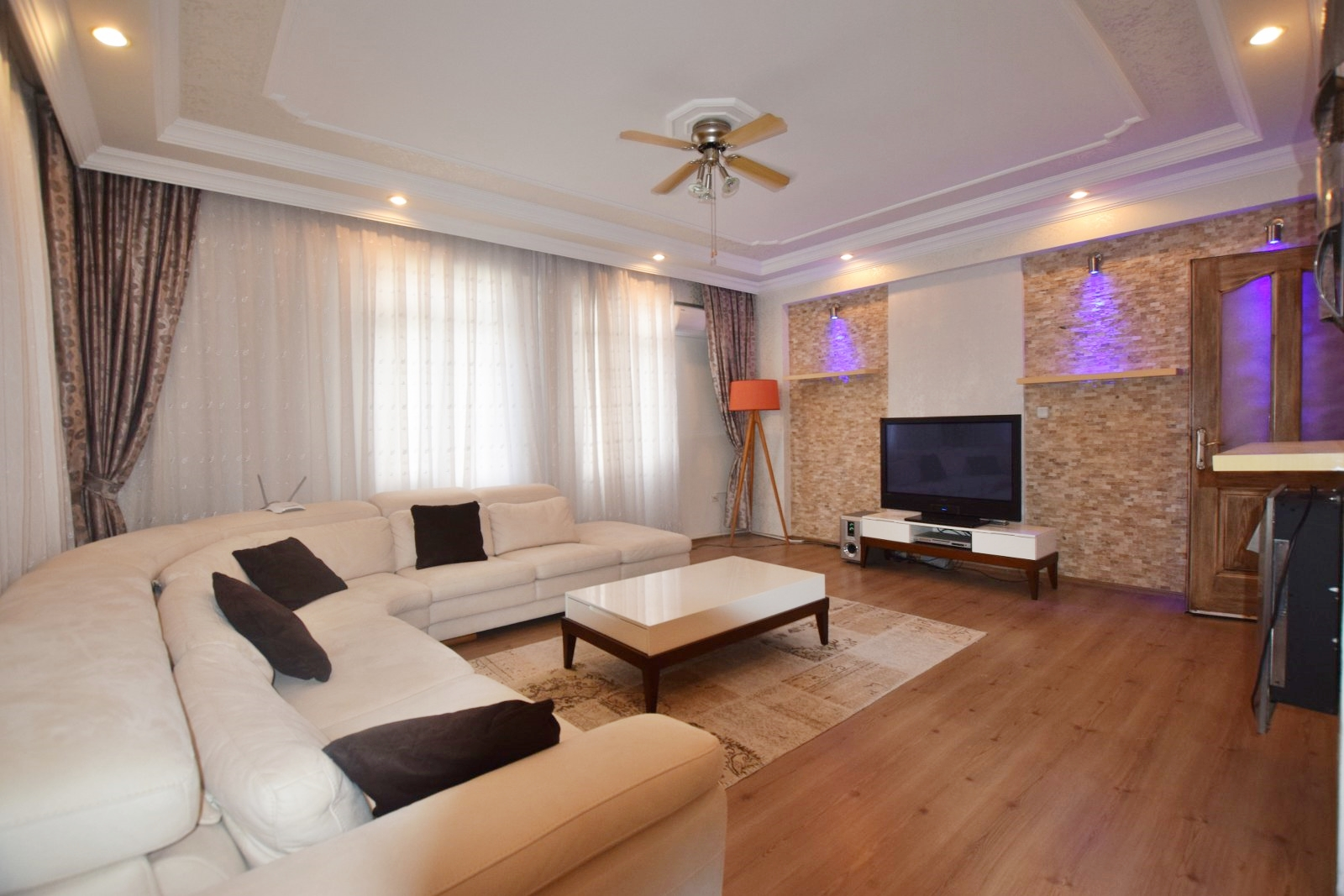 Spacious Turkey Property Very Close The Temple Of Apollo – Family Holiday Home